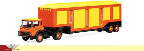 Hornby R7045 Bartellos Big Top Circus Vehicles Bedford TK Artic Circus Long Camel Truck