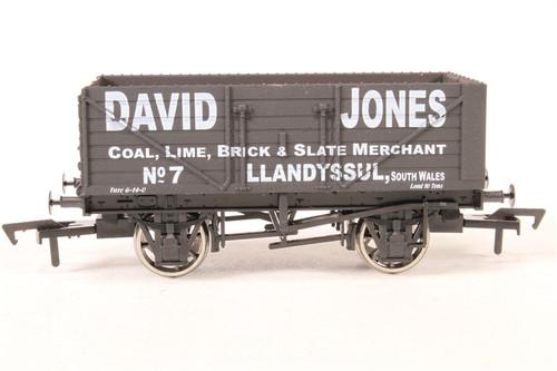 Dapol OO Gauge authentic 1:72 scale model B873 7 plank David Jones
