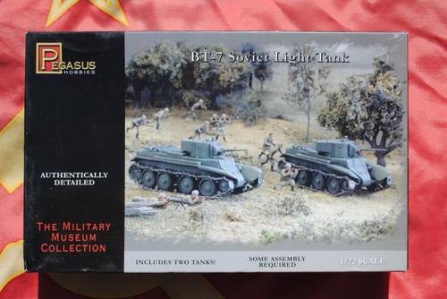 Pegasus Hobbies 7673 1:72 BT-7 Soviet Light Tank
