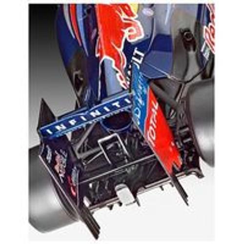 """Revell 07075 1:24 Red Bull Racing RB8 """"Mark Webber"""""""
