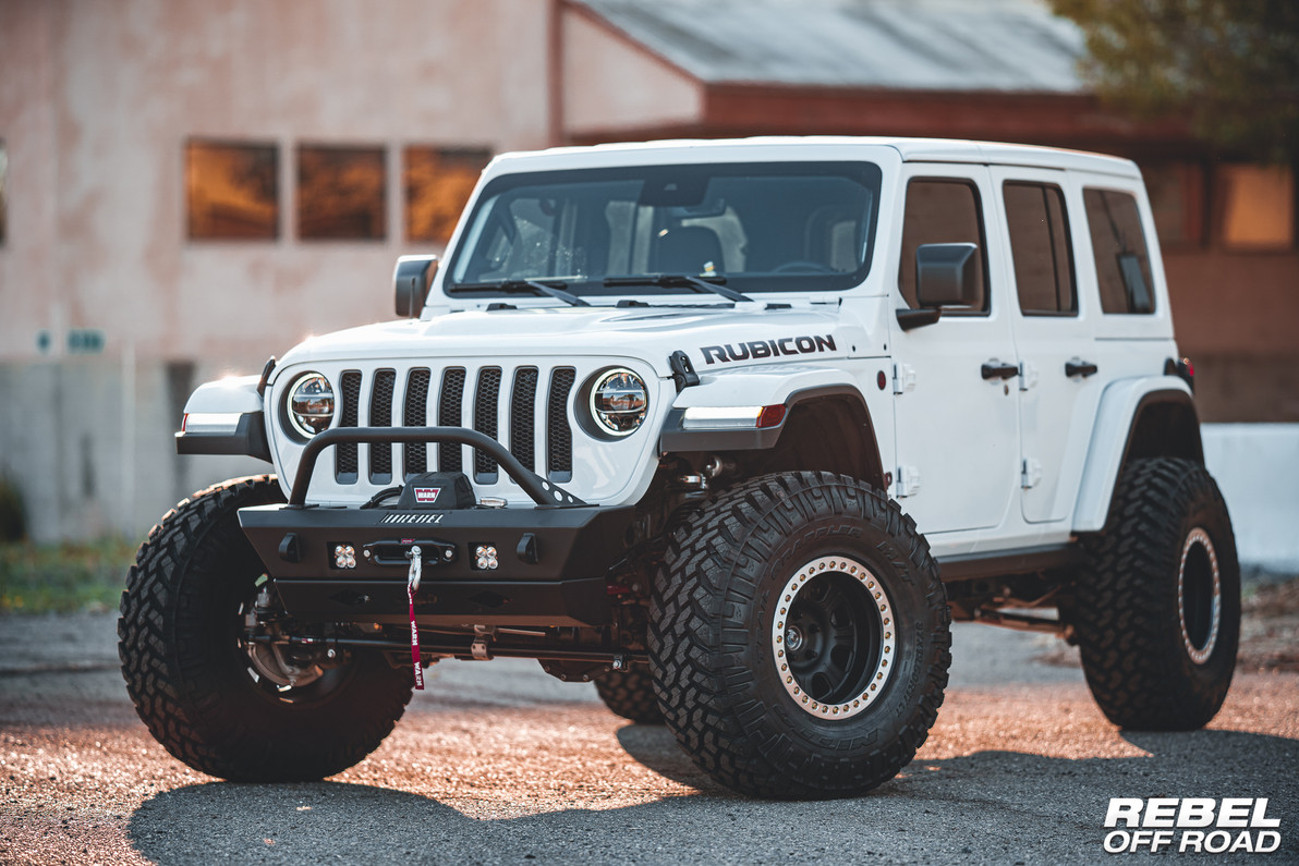 Jeep Wrangler JLU White Rubicon Diesel W/Summit Series Armor