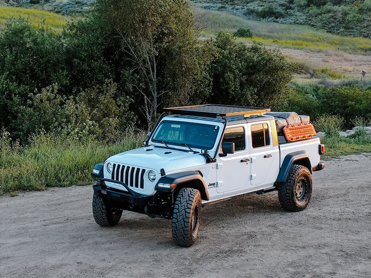 Jeep Gladiator Jt 2019 Current Extreme Roof Rack Kit Krjg005t By Front Runner