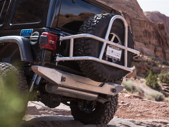 GENRIGHT JEEP JL (2018) SWING OUT REAR TIRE CARRIER - ALUMINUM