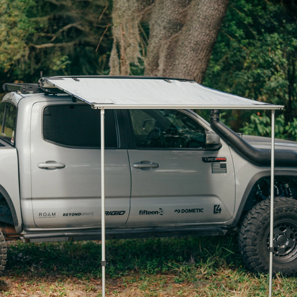 Roam Adventure Co. Rooftop Awning
