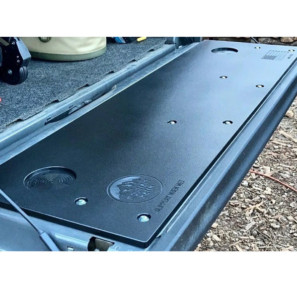 Mountain Hatch Tailgate Panel, 15-21 Chevy Colorado