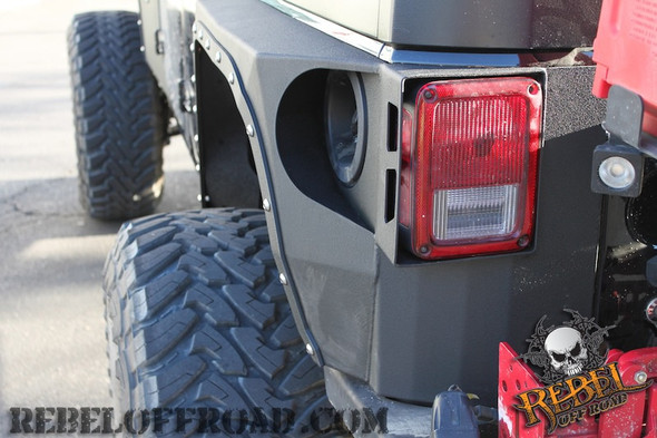 Smittybilt XRC Armor Rear Corner Guards For 07-up Jeep Wrangler Unlimited JK 4 Door