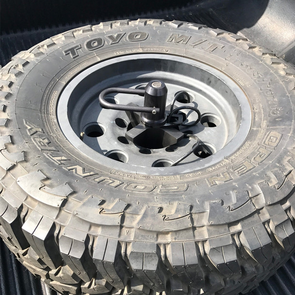 Wilco Offroad Flat Bed Mount Spare Tire Carrier