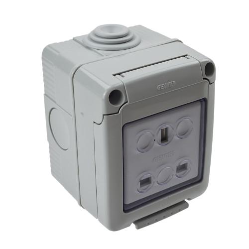 Waterproof 13 Amp Socket W4 20042