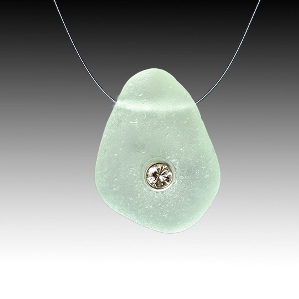 Seafoam and dimond illusion necklace