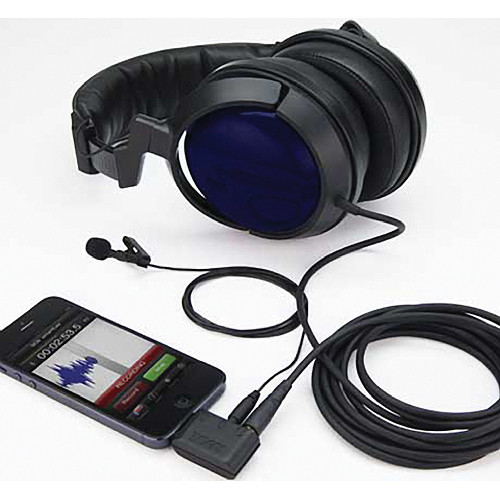 Rode SC6 Dual TRRS Input and Headphone Output for Smartphones In Use