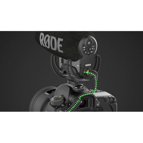Rode VideoMic Pro+ with Rycote Lyre Suspension Mount mounted to DSLR camera