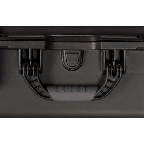 "Gator Cases GU-1510-06-WPDV Black waterproof injection molded case 15"" x 10.5"" x 6.2"""