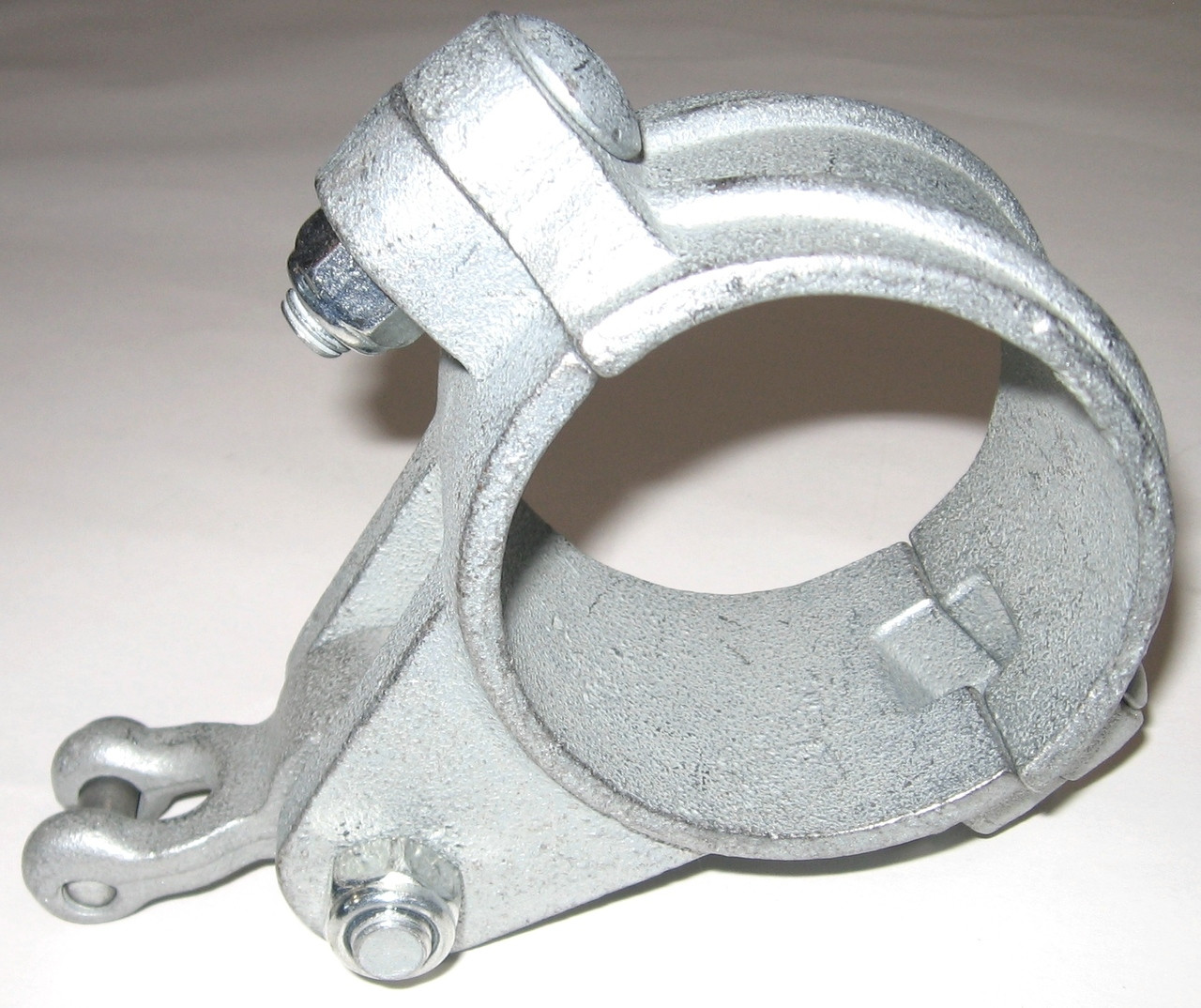 "2 3/8"" OD Ductile Iron Swing Hanger w/Shackle Pendulum"
