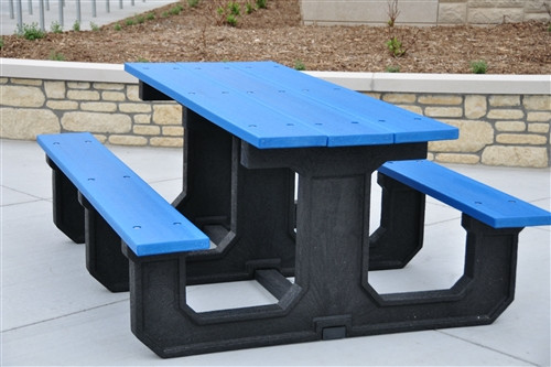 8' recycled plastic picnic table