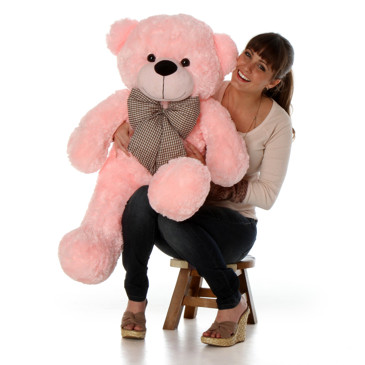 3ft 2in pink teddy bear you'll be wowed by how big and soft she is, meet Lady Cuddles from Giant Teddy