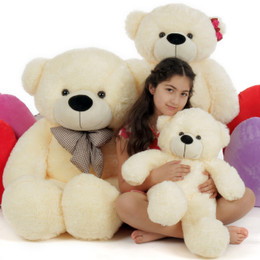 Goldilocks and the Three Bears, Papa Bear, Mama Bear, Baby Bear, Cream Cuddly Family of Giant Teddy Bears