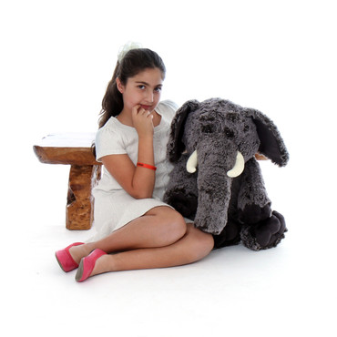 2.5ft Lucy Elephant with Model