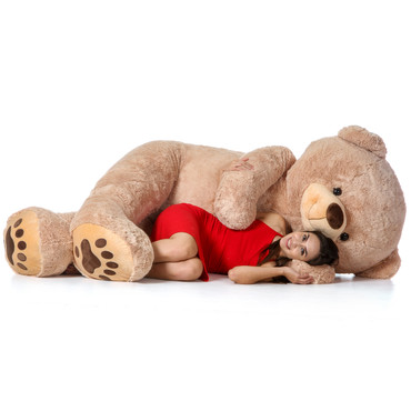World's Biggest Teddy Bear! 7 Foot Teddy & Hugs