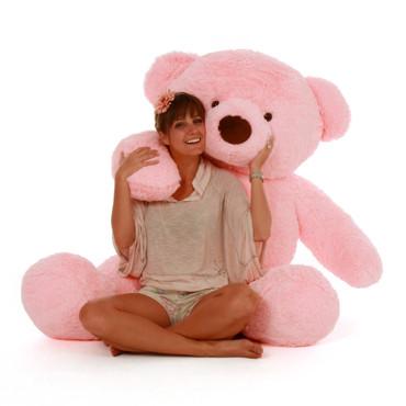 Best plush toy Gigi Chubs 5ft Giant Teddy huggable and soft Bear