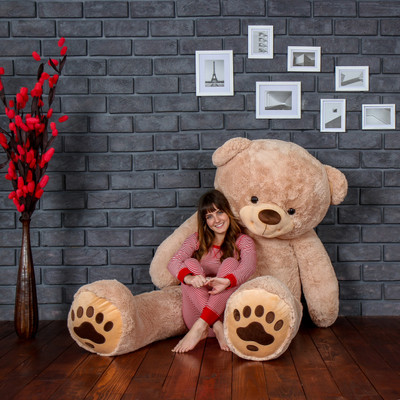 Biggest Teddy Bear! Absolutely Giant Teddy Bear measuring 7 Foot Tall