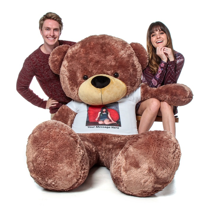super-giant-teddy-bear-with-personalized-photo-t-shirt.jpg