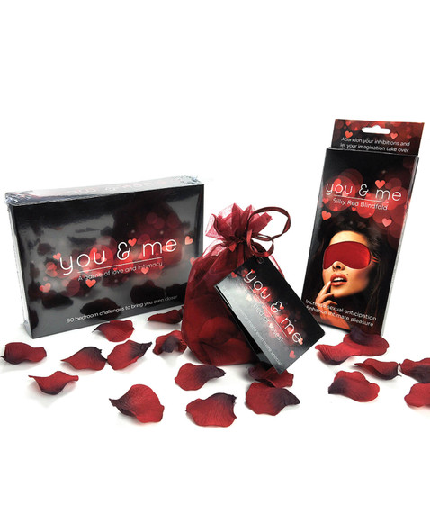 You & Me Intimacy Game & Gift Set: Contains romance game, rose petals and blindfold
