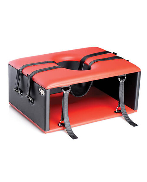 Master Series Queening Chair - Red and Black Leather