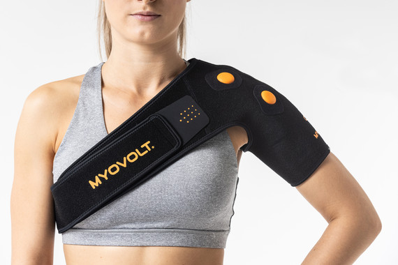 Myovolt wearable physiotherapy garment uses focal vibration therapy to relieve soreness, stiffness and improve shoulder mobility and range of movement.