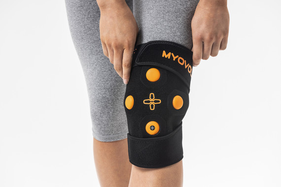 Myovolt wearable physio technology uses vibration therapy to relieve soreness, stiffness and improve range of movement in knees and legs.