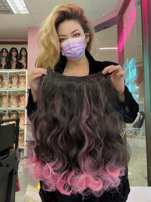 Hair extensions black pink