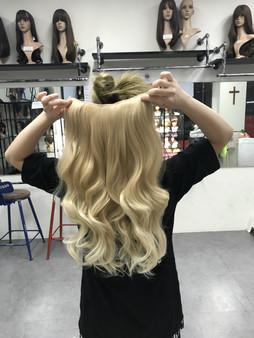 #86/27h613 light blonde hair extensions  (watch video)