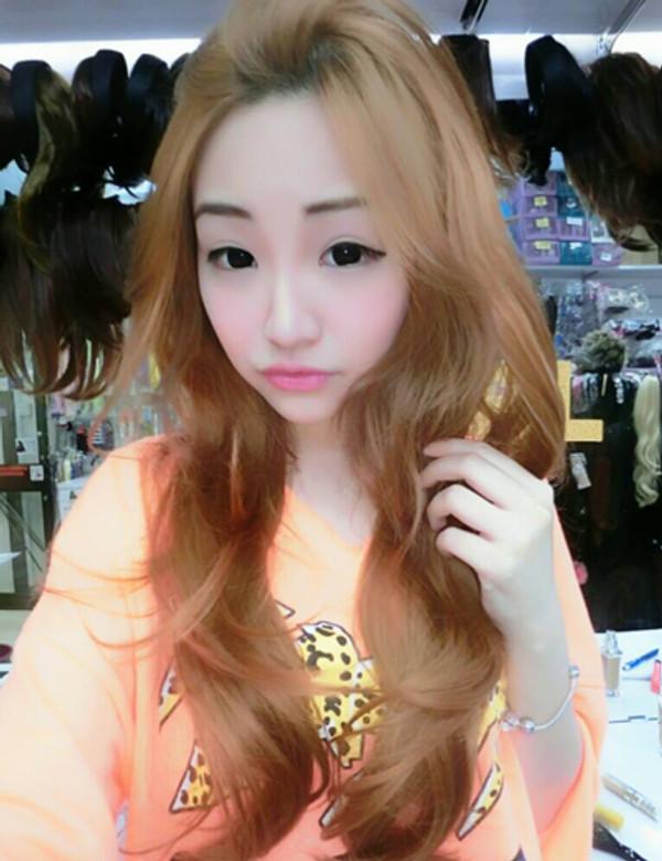 Celeste Chen wearing Girlhairdo half wig!