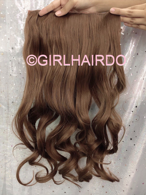 H005/12 Hair extensions
