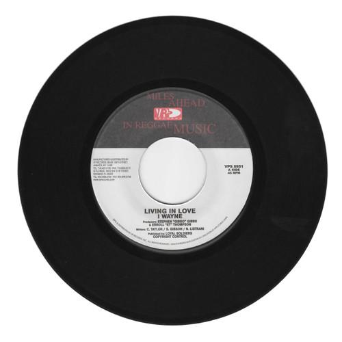Living In Love - I Wayne (7 Inch Vinyl)