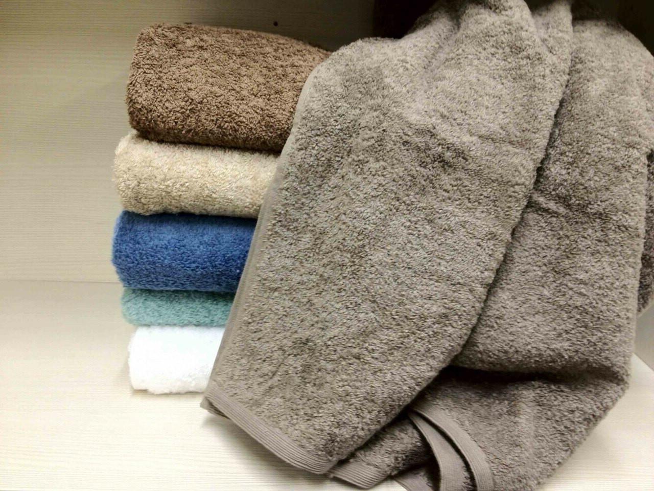 Delux Large Towels
