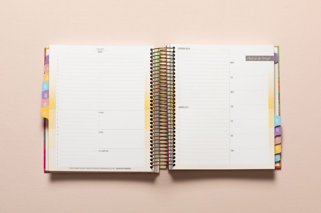 2019 daily planner spread - color rotation throughout the year