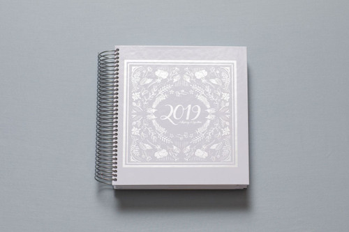 2019 daily keeping it together planner - white and silver cover