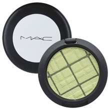 MAC A Tartan Tale Eye Shadow - Enviably Fun