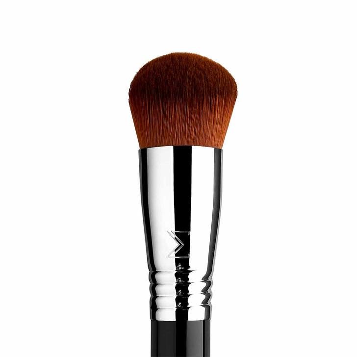 Sigma F47 Multitasker Brush Closeup