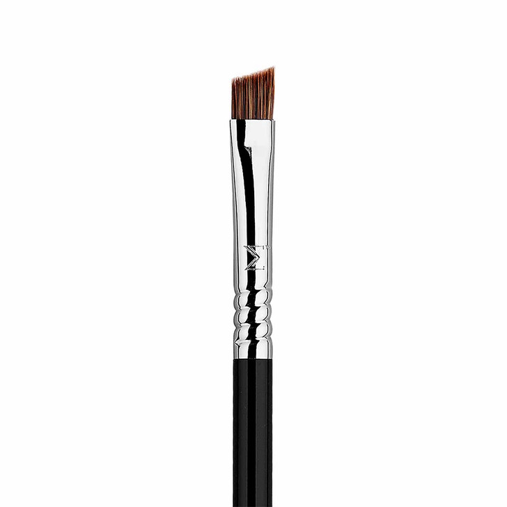 Sigma E75 Angled Brow Brush Closeup