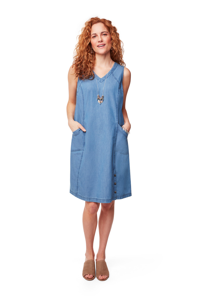 38fc9532e2c41 Women's Sleevess Denim Dress With Pockets | Northern Reflections