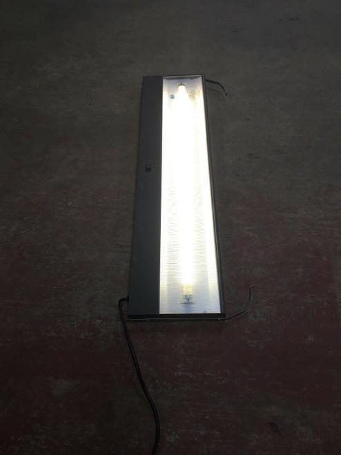 Desk Light G6150.42M Herman Miller (Use 25W T8 Lamp) 120V 60Hz 1.0A Max Light