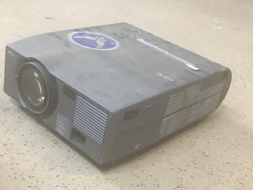 LCD Projector MT850 NEC 100-120/200-240V 50/60Hz 3.5/1.7A