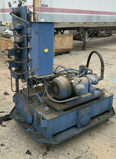 US Electrical Motors Cylindrical Grinding Machine 3415011104435