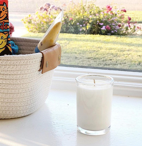 Gardenia Natural soy wax candle, hand poured in small batches. An artisan soy wax candle of the highest quality.