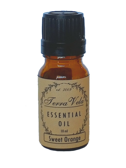 Sweet Orange Essential Oil, is a cold-pressed oil from the peals of the orange fruit. Sweet Orange Essential Oil can ease occasional stress and tension. Know to uplift moods and promotes positive thinking and optimism. Gently stimulating, Sweet Orange Essential Oil can also help support normal function of the immune system.