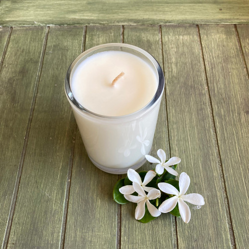 Pikaki -Hawaiian Jasmine - Soy Candle Natural soy wax candle, hand poured in small batches. An artisan soy wax candle of the highest quality.