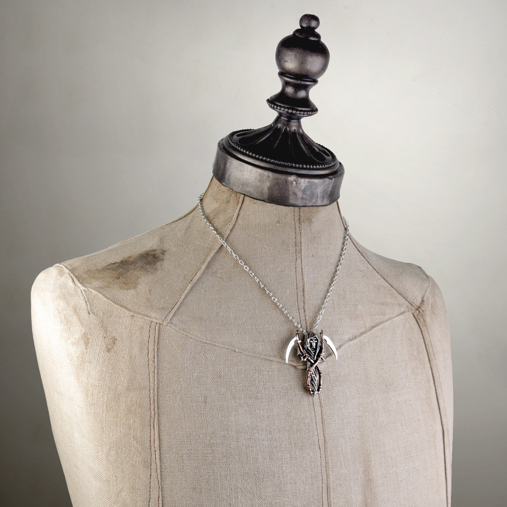 P296 - The Reapers Arms Pendant