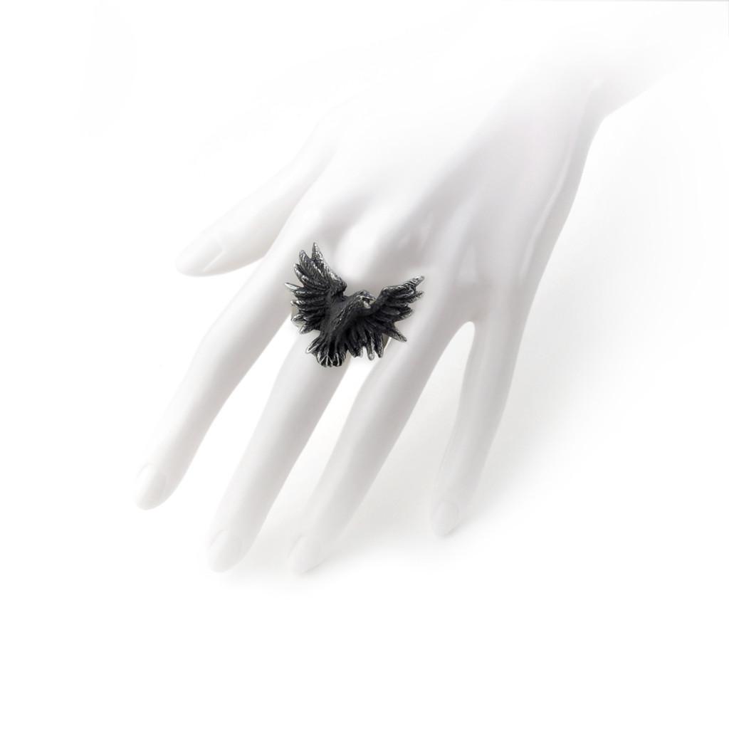 R197 - Flocking Raven Ring