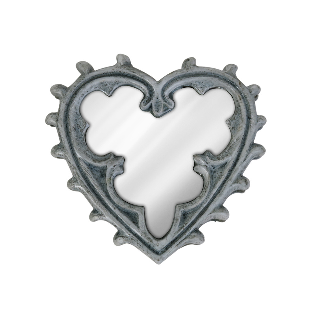 V38 - Gothic Heart Compact Mirror